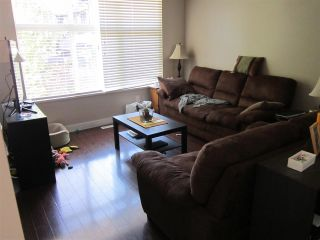 """Photo 3: 89 18199 70 Avenue in Surrey: Cloverdale BC Townhouse for sale in """"AUGUSTA"""" (Cloverdale)  : MLS®# R2296651"""