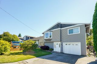 Main Photo: 6606 197 Street in Langley: Willoughby Heights House for sale : MLS®# R2595264