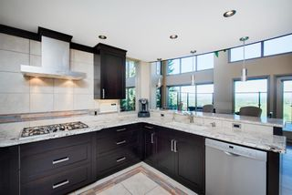 Photo 15: 204 Edelweiss Drive in Calgary: Edgemont Detached for sale : MLS®# A1117841
