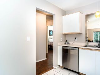 "Photo 8: 311 6860 RUMBLE Street in Burnaby: South Slope Condo for sale in ""Governor's Walk"" (Burnaby South)  : MLS®# R2491188"