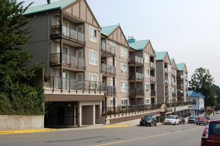 """Photo 1: 405 33165 2ND Avenue in Mission: Mission BC Condo for sale in """"MISSION MANOR"""" : MLS®# F2919194"""
