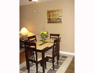 Photo 3: 212 1519 Grant Avenue in Beacon: Home for sale