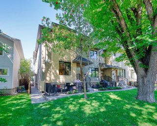 Main Photo: 1 535 33 Street NW in Calgary: Parkdale Row/Townhouse for sale : MLS®# A1143504