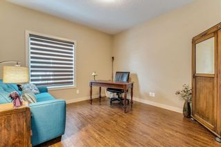 Photo 5: 64 EVERHOLLOW Street SW in Calgary: Evergreen Detached for sale : MLS®# C4225108