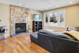 Photo 2: 8028 Ranchero Drive NW in Calgary: Ranchlands Detached for sale : MLS®# A1100201