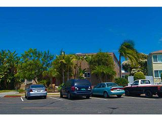 Photo 2: PACIFIC BEACH Townhouse for sale : 3 bedrooms : 856 Diamond Street in San Diego