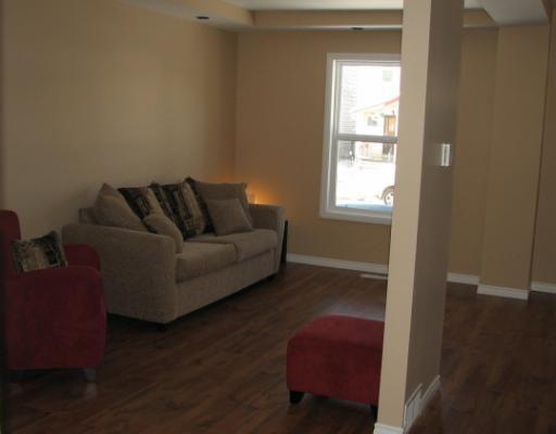 Photo 3: Photos: 435 VICTOR Street in WINNIPEG: West End / Wolseley Residential for sale (West Winnipeg)  : MLS®# 2901222