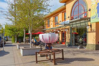 Photo 38: 2290 Estevan Ave in Oak Bay: OB Estevan Half Duplex for sale : MLS®# 837922