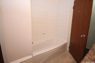 Photo 14: 2034 Queen Street in Regina: Cathedral RG Residential for sale : MLS®# SK839700