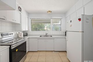 Photo 11: 1301 N Avenue South in Saskatoon: Holiday Park Residential for sale : MLS®# SK872234