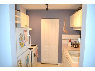 """Photo 8: 306 1588 BEST Street: White Rock Condo for sale in """"THE MONTEREY"""" (South Surrey White Rock)  : MLS®# F1432926"""