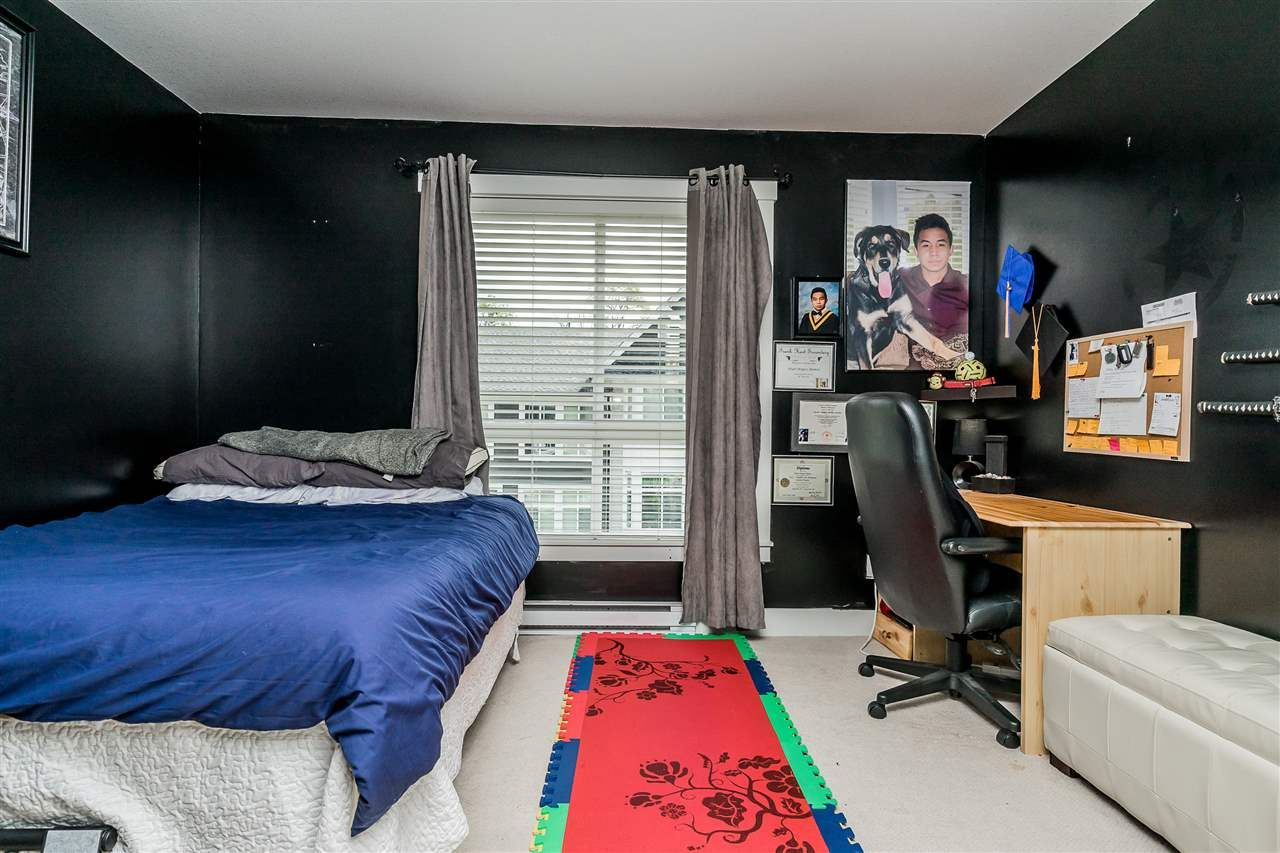 """Photo 20: Photos: 23 14433 60 Avenue in Surrey: Sullivan Station Townhouse for sale in """"BRIXTON"""" : MLS®# R2463220"""