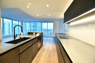 """Main Photo: 1301 620 CARDERO Street in Vancouver: Coal Harbour Condo for sale in """"CARDERO"""" (Vancouver West)  : MLS®# R2534880"""