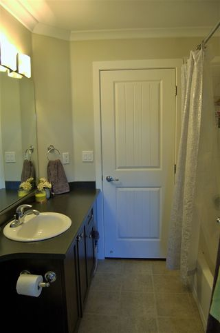 """Photo 11: 311 32725 GEORGE FERGUSON Way in Abbotsford: Abbotsford West Condo for sale in """"Uptown"""" : MLS®# R2182713"""