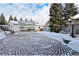 Photo 30: 2612 LAUREL Crescent SW in Calgary: Lakeview House for sale : MLS®# C4050066