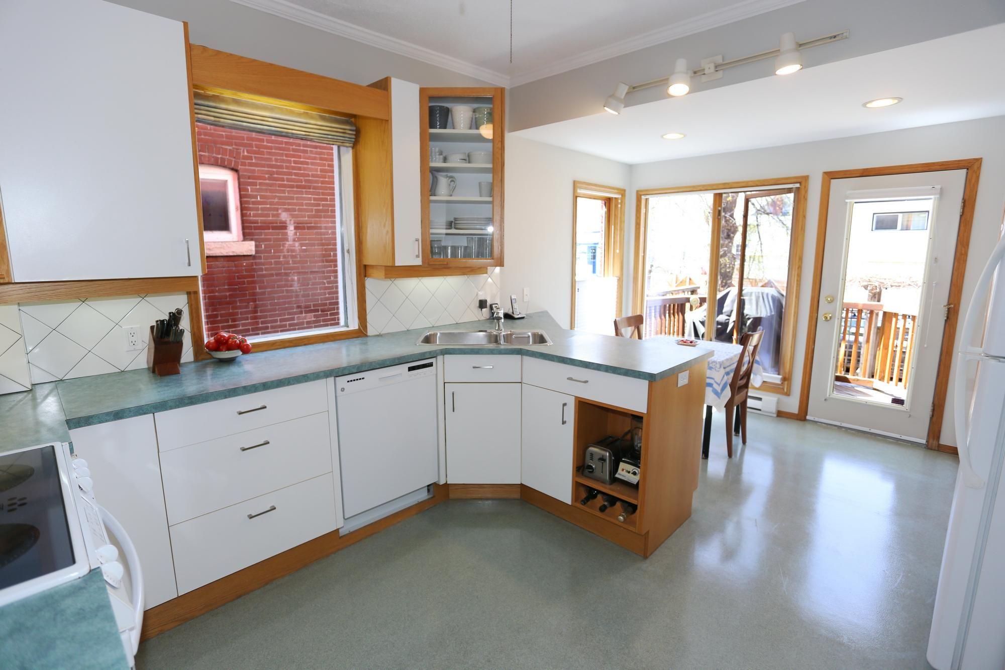 Photo 10: Photos: 96 Home Street in Winnipeg: Wolseley Single Family Detached for sale (5B)  : MLS®# 1810985