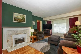 Photo 2: 3676 KALYK Avenue in Burnaby: Burnaby Hospital House for sale (Burnaby South)  : MLS®# R2404823