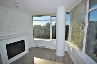 Photo 5: 2006 892 CARNARVON STREET in New Westminster: Downtown NW Condo for sale : MLS®# R2169882