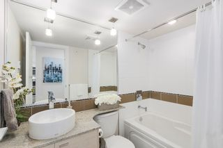 Photo 12: 401 7445 120 Street in Delta: Scottsdale Condo for sale (N. Delta)  : MLS®# R2160075