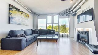 """Photo 1: 509 27 ALEXANDER Street in Vancouver: Downtown VE Condo for sale in """"ALEXIS"""" (Vancouver East)  : MLS®# R2505039"""