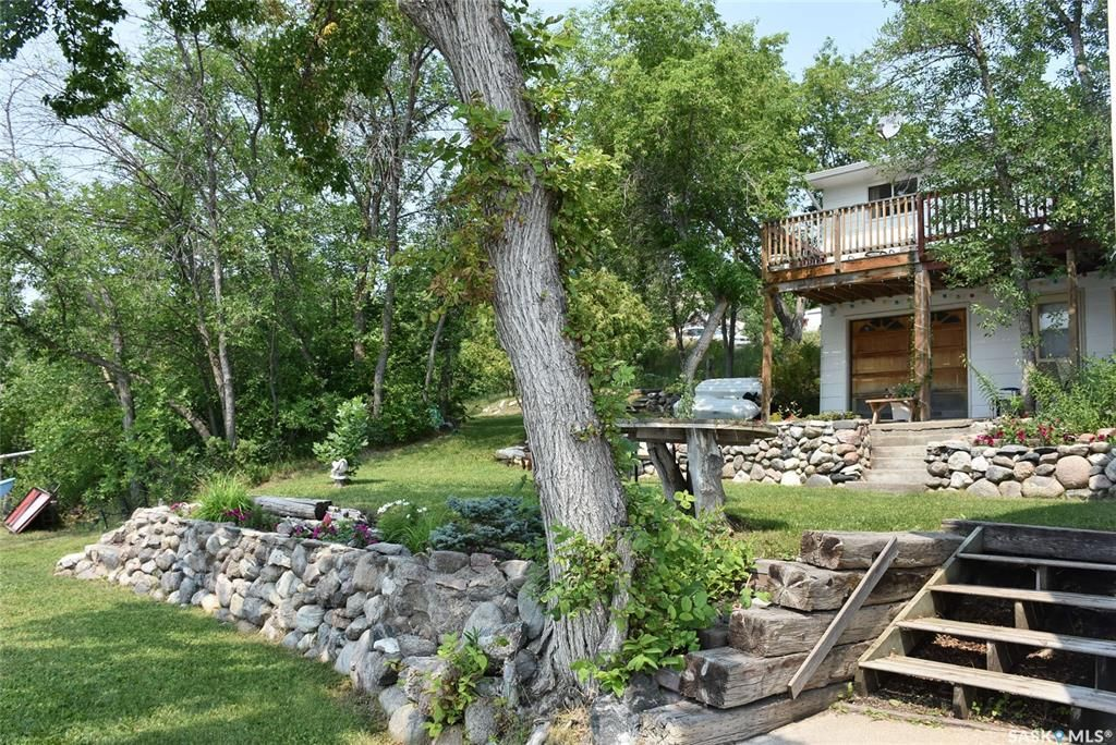 Main Photo: 204 Graham Drive in Echo Lake: Residential for sale : MLS®# SK864162