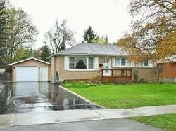 Photo 1: 103 Zina Street: Orangeville House (Bungalow) for sale : MLS®# W4462205