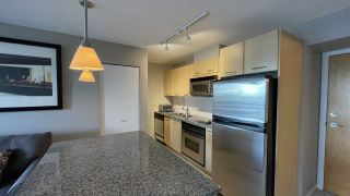 """Photo 12: 1105 1199 SEYMOUR Street in Vancouver: Downtown VW Condo for sale in """"BRAVA"""" (Vancouver West)  : MLS®# R2535900"""