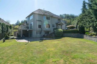 """Photo 2: 35917 STONECROFT Place in Abbotsford: Abbotsford East House for sale in """"Mountain meadows"""" : MLS®# R2193012"""