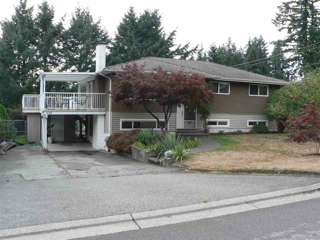 """Main Photo: 634 BERRY Street in Coquitlam: Central Coquitlam House for sale in """"CENTRAL COQUITLAM"""" : MLS®# R2578213"""