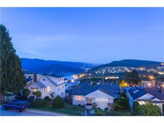 Photo 1: 15 N ELLESMERE Avenue in Burnaby: Capitol Hill BN House for sale (Burnaby North)  : MLS®# V1070757