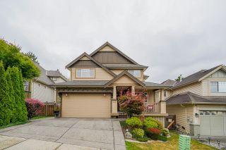 Photo 1: 6828 199A Street in Langley: Willoughby Heights House for sale : MLS®# R2611279