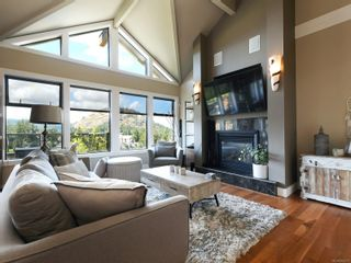 Photo 2: 112 1244 Muirfield Pl in : La Bear Mountain Row/Townhouse for sale (Langford)  : MLS®# 854771