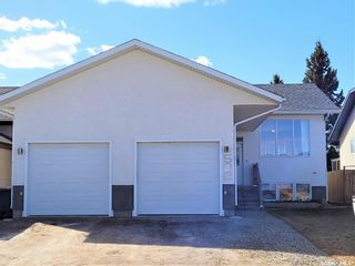 Photo 2: 502 Antler Crescent in Warman: Residential for sale : MLS®# SK849012