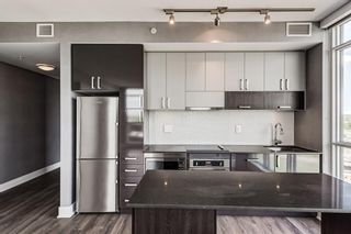 Photo 5: 1409 550 Riverfront Avenue SE in Calgary: Downtown East Village Apartment for sale : MLS®# A1121115