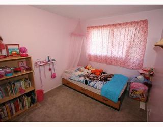 Photo 8: 53 RADCLIFFE Close SE in CALGARY: Radisson Heights Residential Attached for sale (Calgary)  : MLS®# C3346576