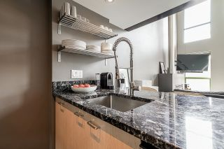 """Photo 10: 502 1 E CORDOVA Street in Vancouver: Downtown VE Condo for sale in """"CARRALL STATION"""" (Vancouver East)  : MLS®# R2598724"""