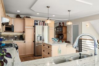 """Photo 11: 828 PARKER Street: White Rock House for sale in """"EAST BEACH"""" (South Surrey White Rock)  : MLS®# R2607727"""
