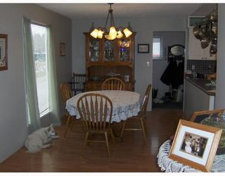 """Photo 5: 1122 EAGLE Road in Quesnel: Quesnel - Rural North House for sale in """"TEN MILE LAKE"""" (Quesnel (Zone 28))  : MLS®# N188479"""