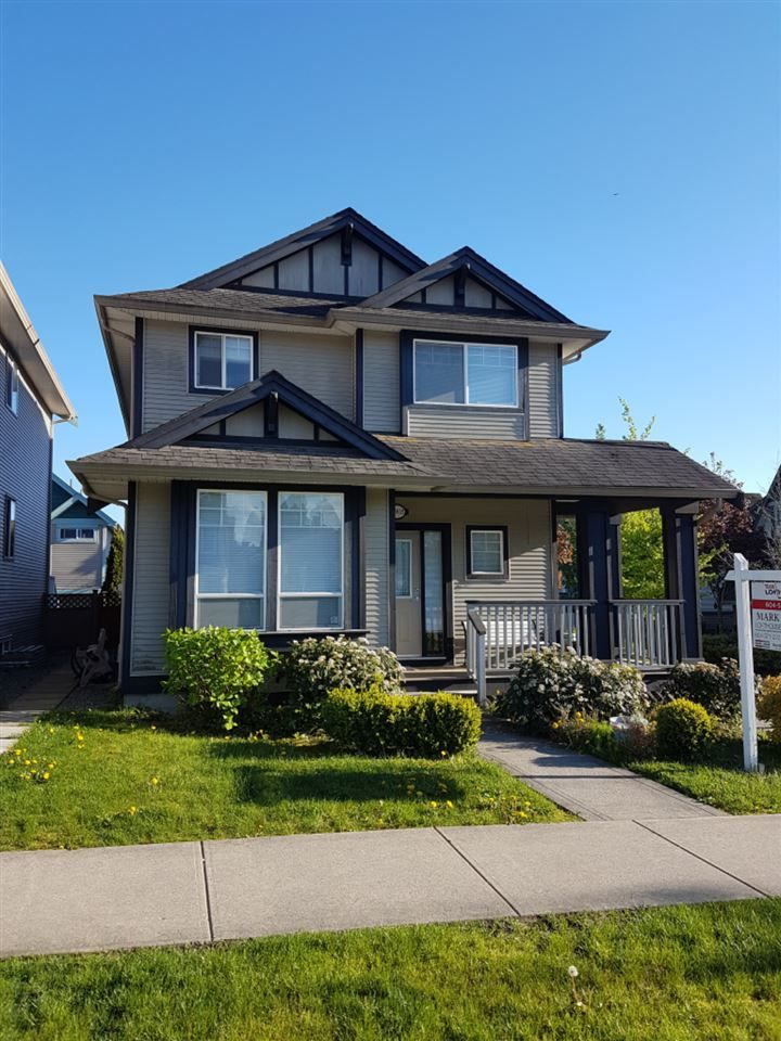 Main Photo: 18908 72 Avenue in Surrey: Clayton House for sale (Cloverdale)  : MLS®# R2162825