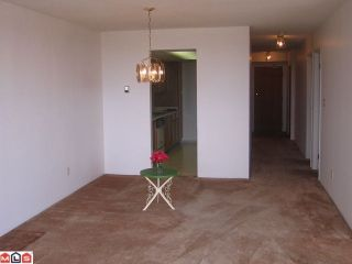 "Photo 3: 902 11881 88TH Avenue in Delta: Annieville Condo for sale in ""KENNEDY TOWERS"" (N. Delta)  : MLS®# F1018506"