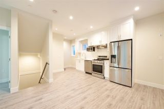 Photo 12: 2158 MANNERING Avenue in Vancouver: Collingwood VE 1/2 Duplex for sale (Vancouver East)  : MLS®# R2309901