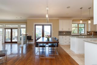 Photo 11: 1186 Deerview Pl in : La Bear Mountain House for sale (Langford)  : MLS®# 873362