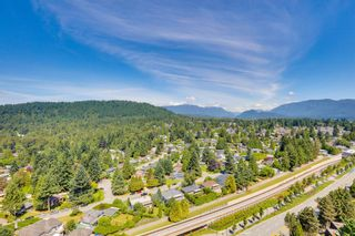 "Photo 11: 2508 602 COMO LAKE Avenue in Coquitlam: Coquitlam West Condo for sale in ""UPTOWN 1"" : MLS®# R2594625"