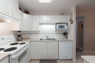 """Photo 8: 806 4425 HALIFAX Street in Burnaby: Brentwood Park Condo for sale in """"POLARIS"""" (Burnaby North)  : MLS®# R2037489"""