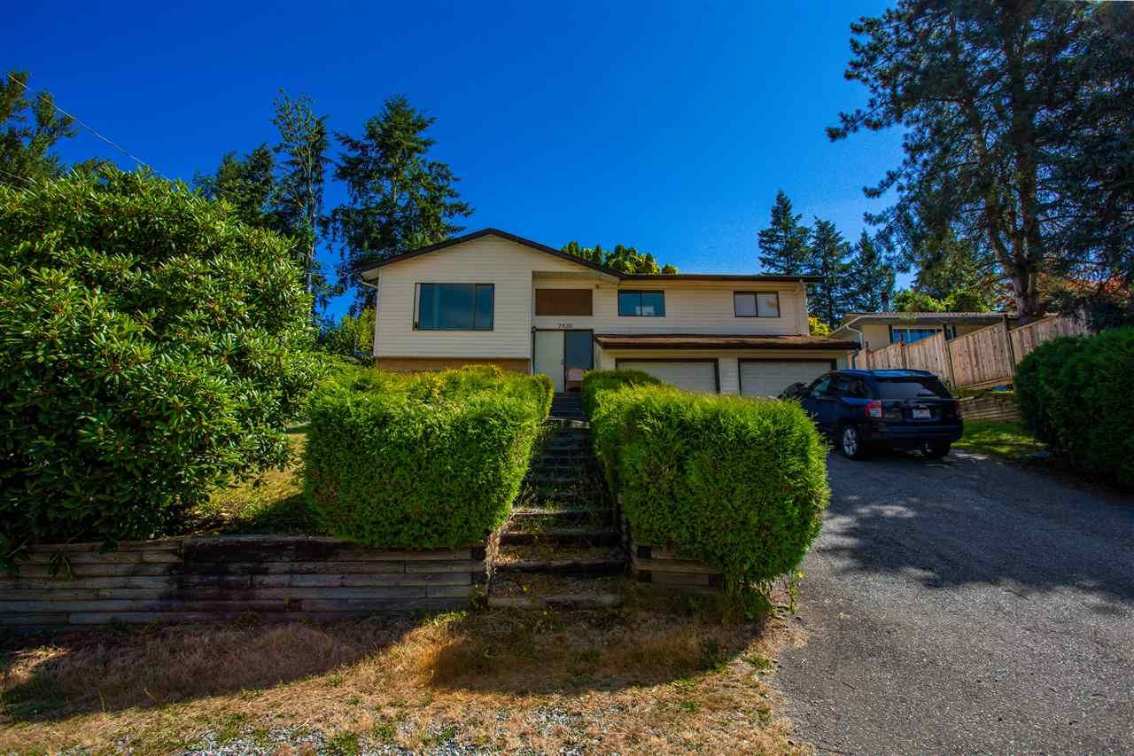 Main Photo: 7920 OSPREY STREET in Mission: Mission BC House for sale : MLS®# R2482190
