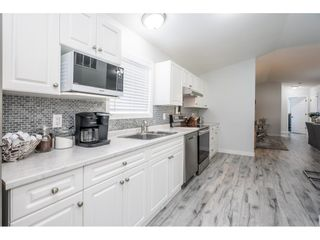 """Photo 13: 186 7790 KING GEORGE Boulevard in Surrey: East Newton Manufactured Home for sale in """"Crispen Bays"""" : MLS®# R2560382"""