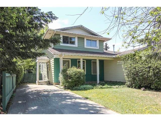Main Photo: 115 PINESON Place NE in Calgary: Pineridge House for sale : MLS®# C4065261