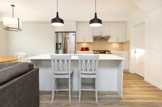 """Photo 4: 71 8371 202B Street in Langley: Willoughby Heights Townhouse for sale in """"Kensington Lofts"""" : MLS®# R2624077"""