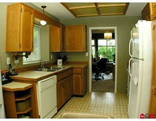 Photo 4: 32437 EGGLESTONE AV in Mission: House for sale : MLS®# F2821390
