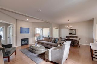Photo 3: 424 31 Avenue NW in Calgary: Mount Pleasant Row/Townhouse for sale : MLS®# A1083067